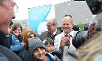 Bürgermeister Olaf Scholz, Schulsenator Ties Rabe und rund 1500 Schüler feierten die Eröffnung des Bildungszentrums Tor zur Welt