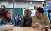 Für die jungen Muslime der Ayasofya-Gemeinde ist die Moschee vor allem ein guter Ort um Freunde zu treffen