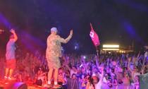 Trash-Rapper MC Fitti legte am Freitag auf dem Dockville-Festival einen umjubelten Auftritt hin