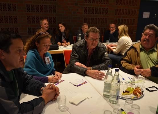 Alle Ideen auf den Tisch - darum ging es beim Auftakt des Projekts Perspektiven - Miteinander planen für die Elbinseln