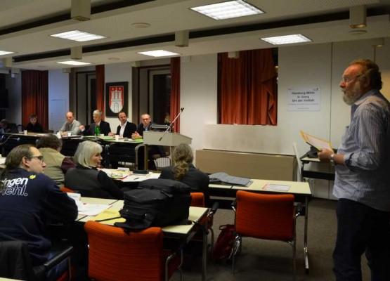 Beirats-Vorsitzender Lutz Cassel trug im Stadtplanungsausschuss des Bezirks seine Bedenken vor