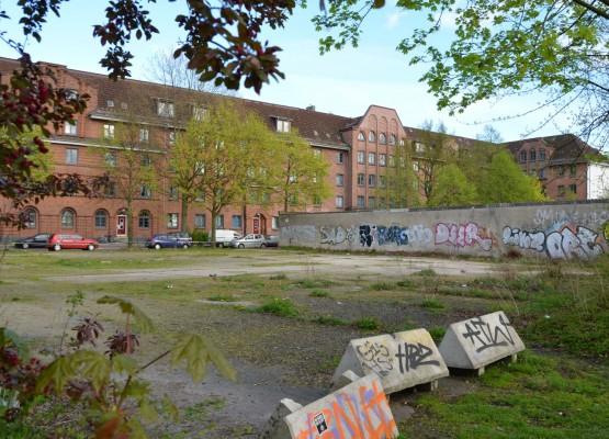 Die Brachfläche an der Sanitasstraße könne auch für ein Flüchtlingsquartier in Frage kommen (Large)