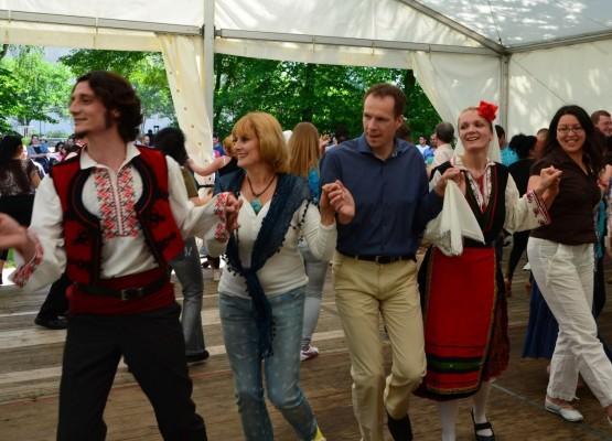 Bulgarisches Stadtteilfest auf dem Rotenhäuser Feld (Large)
