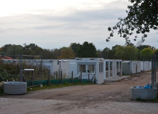 Flüchtlinge Container Dratelnstraße